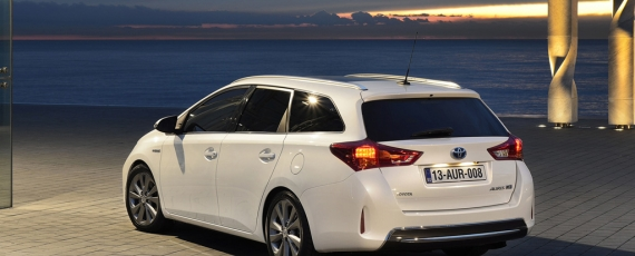 Auris Touring Sports - spate
