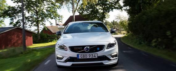 Volvo S60 Polestar 2018 (03)