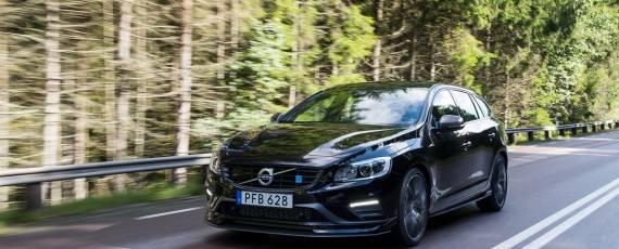 Volvo V60 Polestar 2018 (01)
