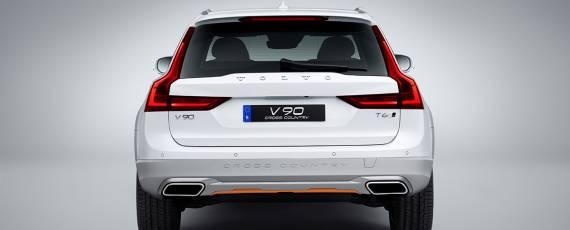 V90 Cross Country Volvo Ocean Race (04)