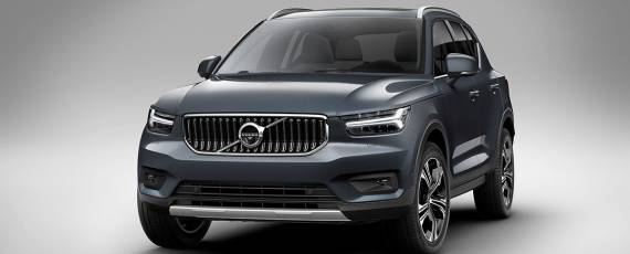Volvo XC40 Inscription (01)