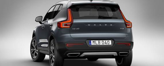Volvo XC40 Inscription (04)