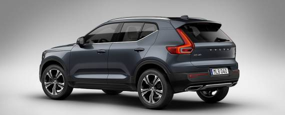 Volvo XC40 Inscription (02)