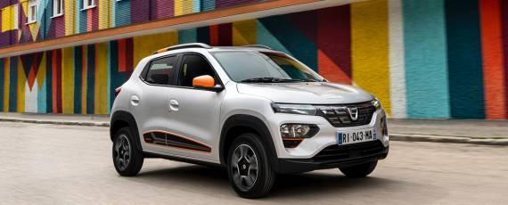 Dacia Spring - start precomenzi