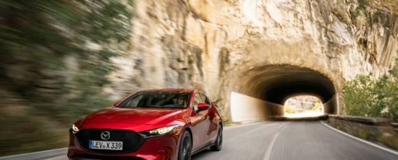 Noua Mazda3 SKYACTIV-X