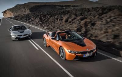 Noile BMW i8 Roadster și i8 Coupe facelift