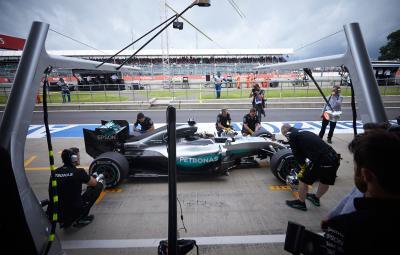 Lewis Hamilton - pole position Silverstone 2016