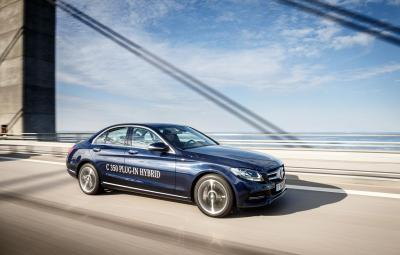 Noul Mercedes-Benz C 350 PLUG-IN-HYBRID