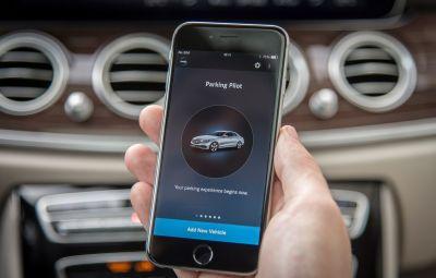 Mercedes-Benz E-Class - Remote Parking Pilot