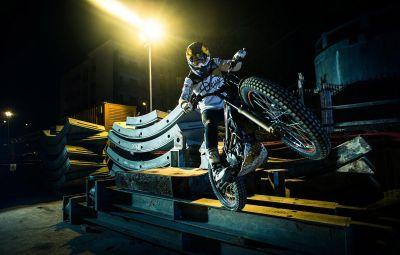 Trial Moto cu Julien Dupont - Magistrala 4 Metrou