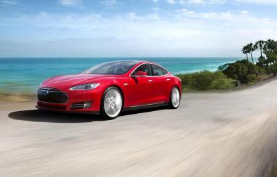 Noua Tesla S P85D - Dual Motor