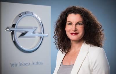Tina Mueller - plecare de la Opel
