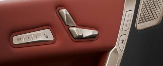 Noul BMW iX (07)