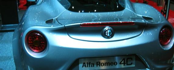 Alfa Romeo 4C - spate