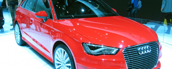 Audi A3 Sportback e-tron - lateral dreapta