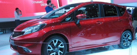 Nissan Note - lateral fata