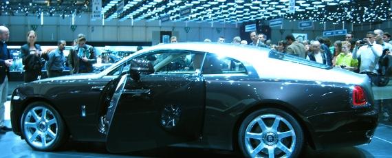Rolls Royce Wraith - lateral