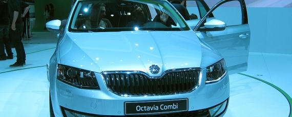 Skoda Octavia Combi - fata