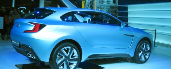 Subaru Viziv Concept - lateral dreapta