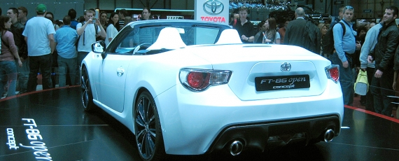 Toyota FT 86 - spate