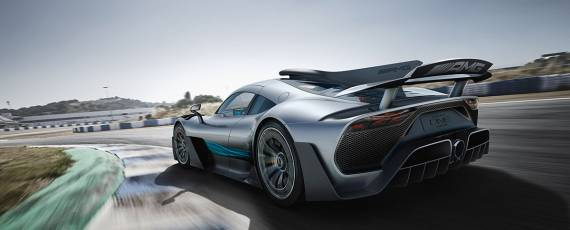 Mercedes-AMG Project ONE (06)