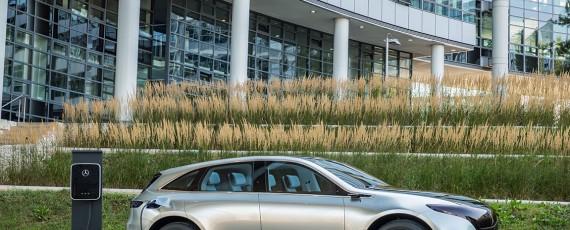 Mercede-Benz Generation EQ (18)