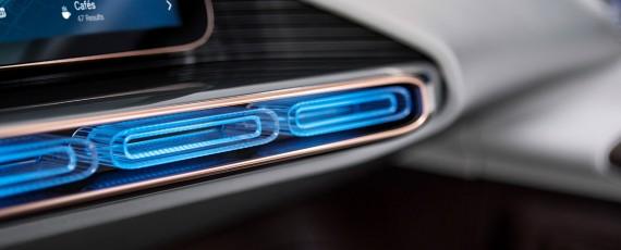 Mercede-Benz Generation EQ (14)