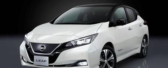 Nissan LEAF 2018 (01)