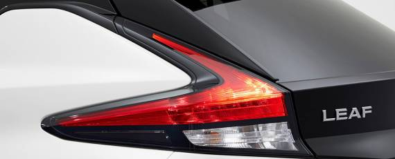 Nissan LEAF 2018 (09)