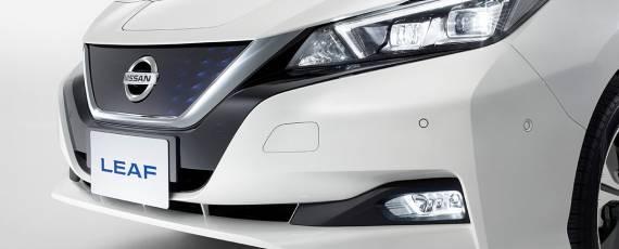 Nissan LEAF 2018 (11)