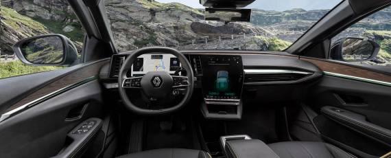 Noul Renault Mégane E-TECH (03)