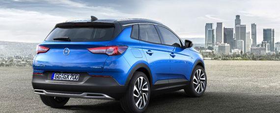 Opel Grandland X (02)
