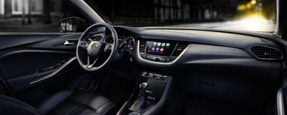 Opel Grandland X (09)