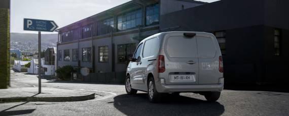 Noul Peugeot e-Partner (03)