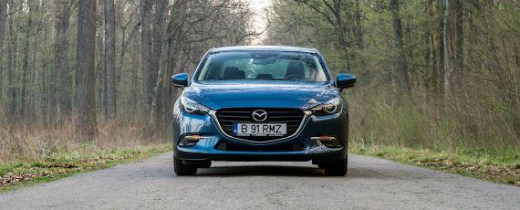 Test Mazda3 Sedan G120 Attraction (01)